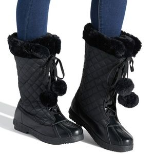 Cheronea Faux Fur & Quilted Winter Boots 8M NIB
